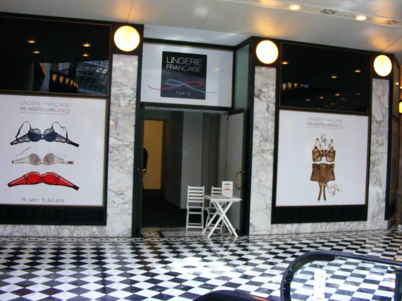 Lingerie Francaise Ausstellung in Berlin