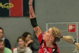 Sunny-Dessous ist Trikotsponsor von DSC Volleyballerin Mareen Apitz