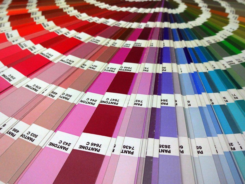 nuance-pantone-farbe-palette