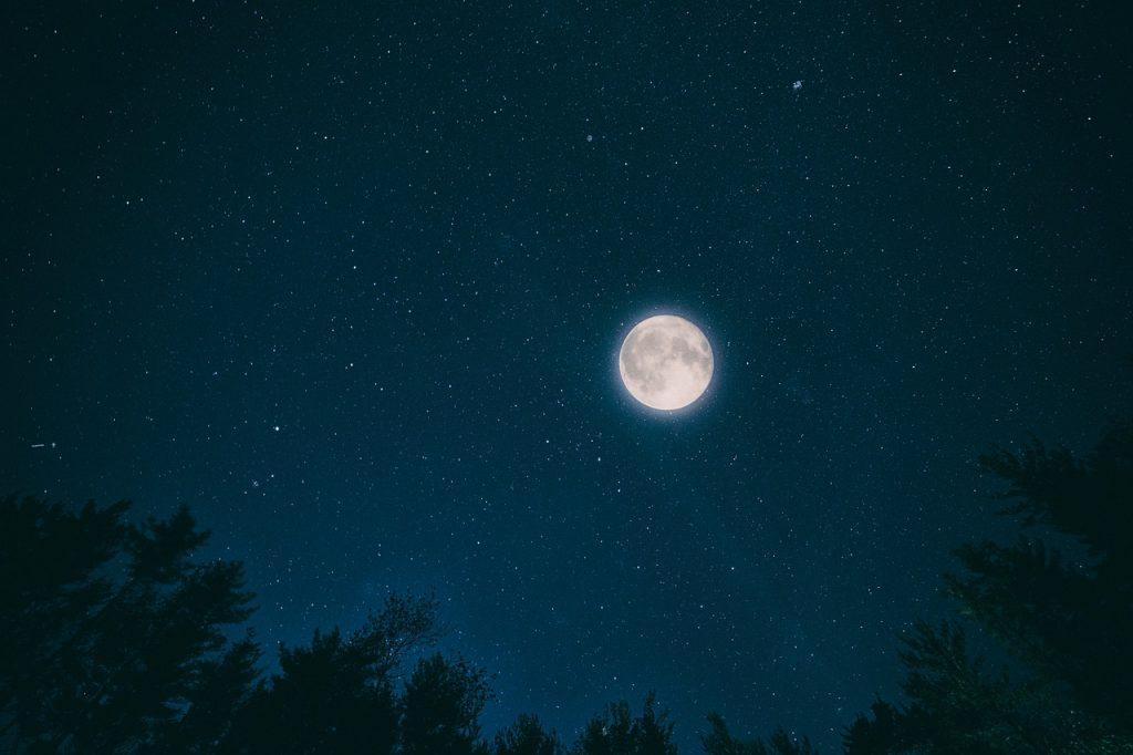 pixabay-nacht-night-dunkelheit-schlafen-gruseln