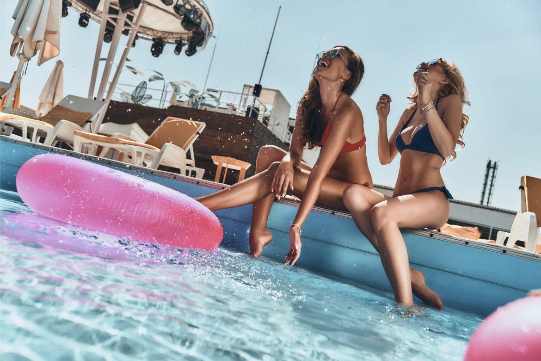 enjoying-summer-together-istock_7 Trends