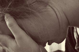 verzweifelte Frau