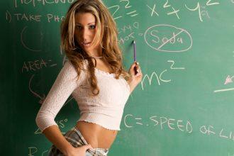 Schulmädchen und sexy Lehrer