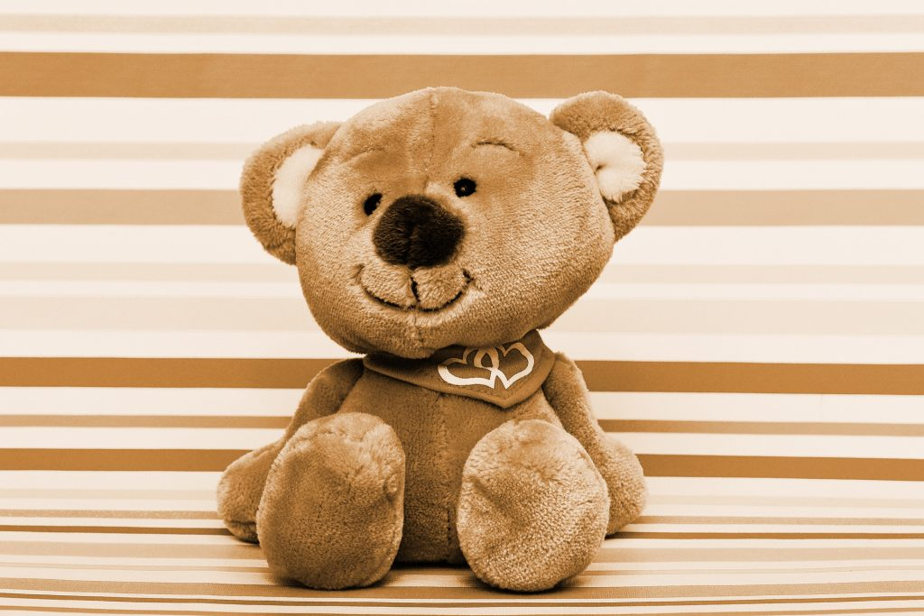 samtartiger Teddybär aus Plüsch