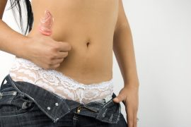 Frau mit Kondom