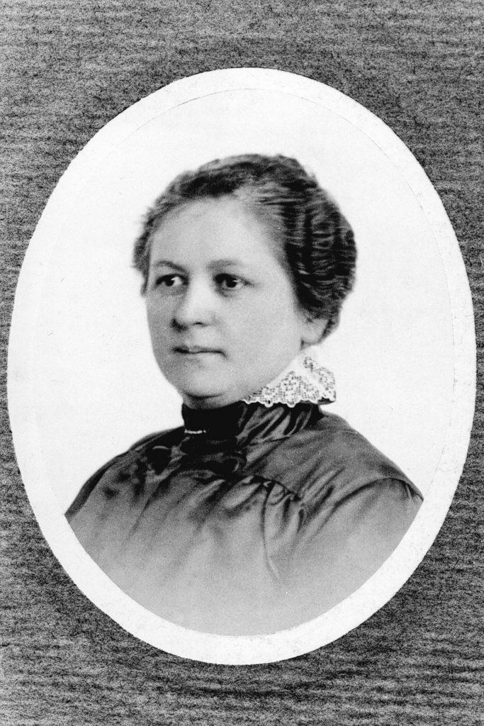 Melitta Bentz, die Erfinderin der Filtertüte aus Papier