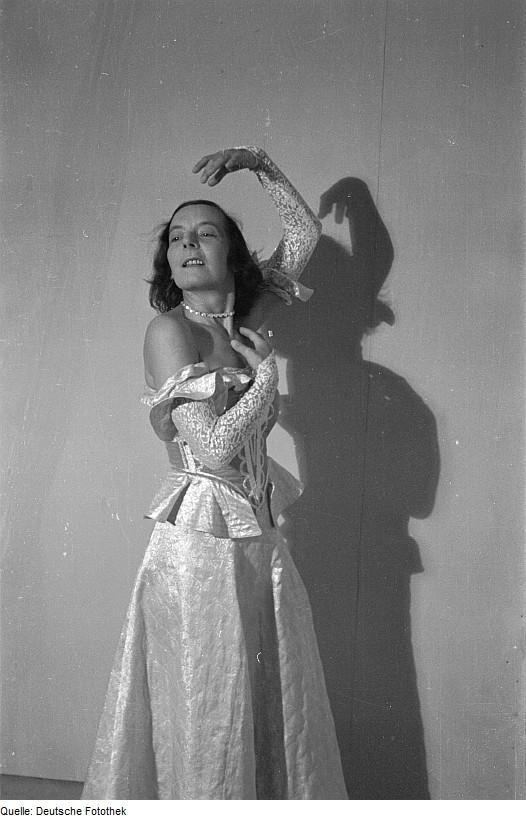 Gret Palucca beim Tanz
