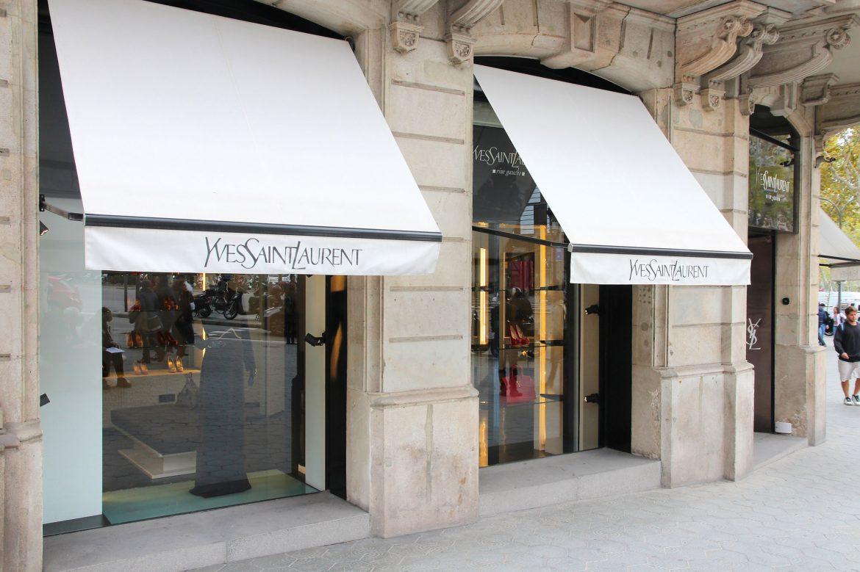 Yves Saint Laurent Geschäft