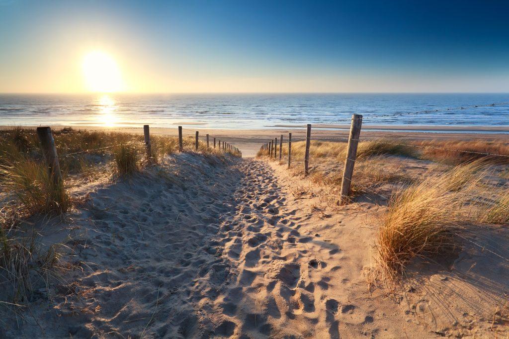 Heilsames Klima: Salzwasser, Sonne und Wind können Linderung verschaffen